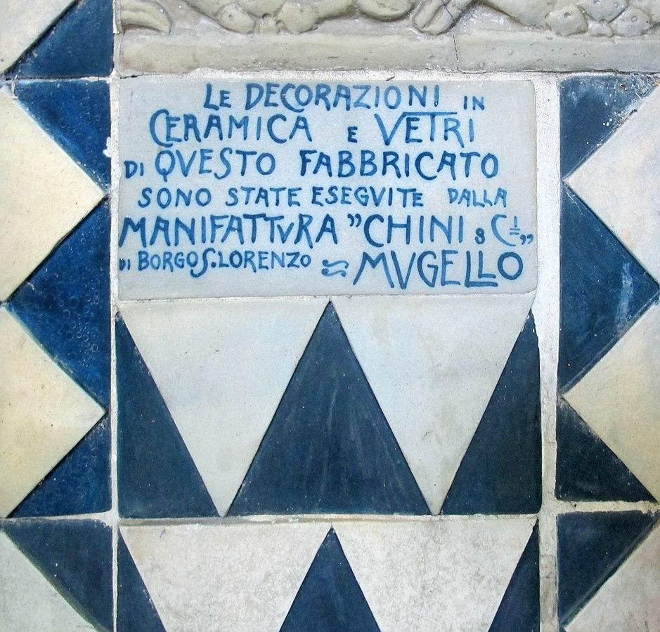 Piastrella con firma della Manifattura Chini di Borgo San Lorenzo, 1911