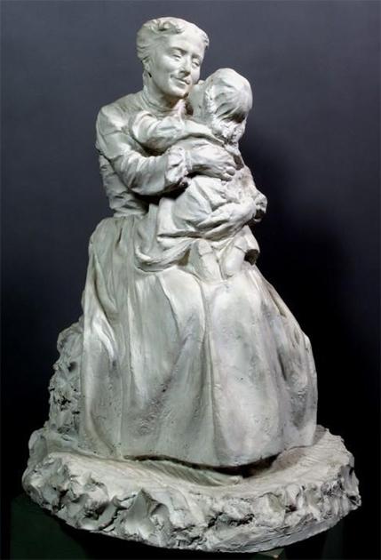 Domenico Baccarini Bacio Materno 1905 Gesso