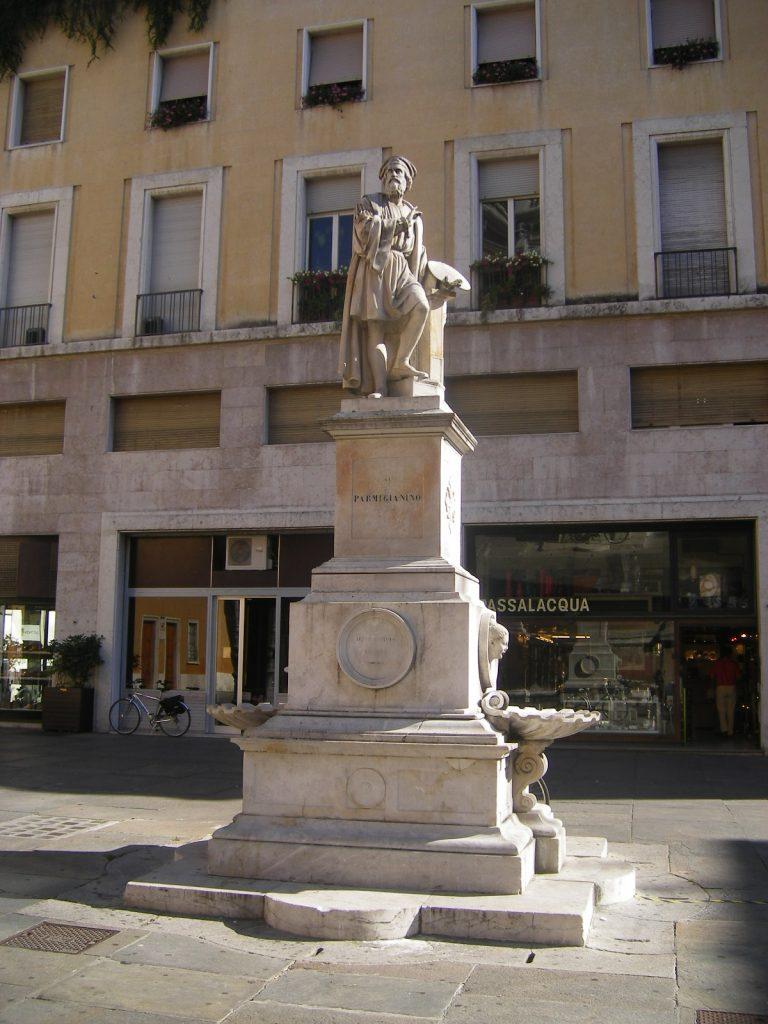 Giovanni Chierici Statua del Parmigianino