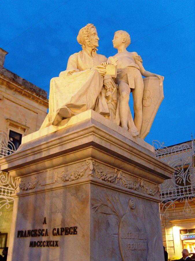 Ippazio Antonio Bortone Maglie Monumento a Francesca Capece