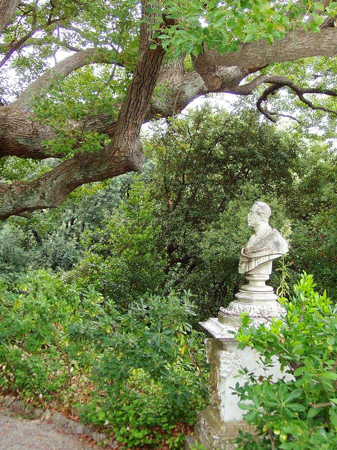 Villa Durazzo-Pallavicini Busto di Michele Canzio
