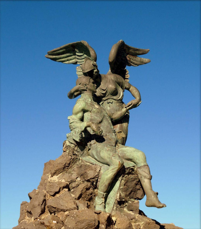 Adolfo Laurenti monumento ai caduti della grande guerra