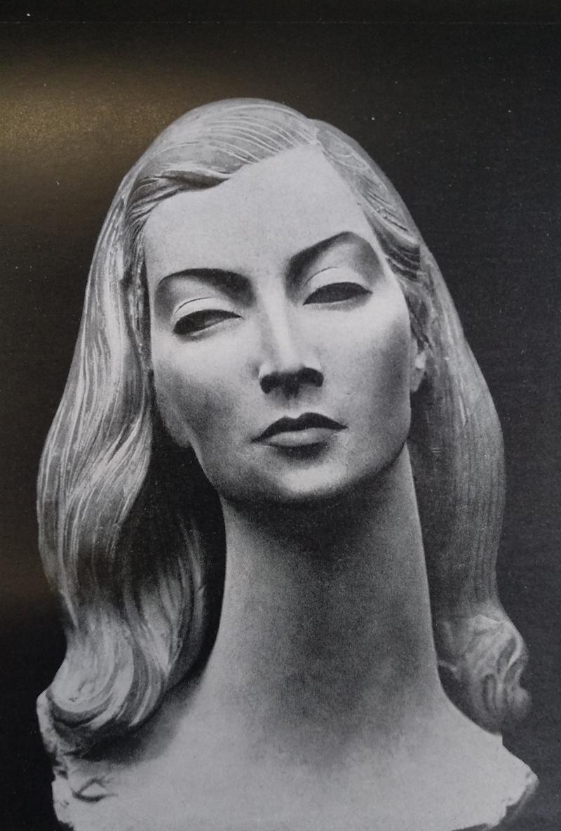 Antonio Lucarda Duchessa Madina Visconti di Modrone stucco