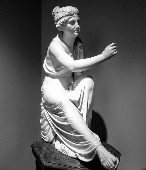 Giacomo Spalla figura allegorica - donna in abiti classicheggianti, seduta con un libro nella mano sinistra