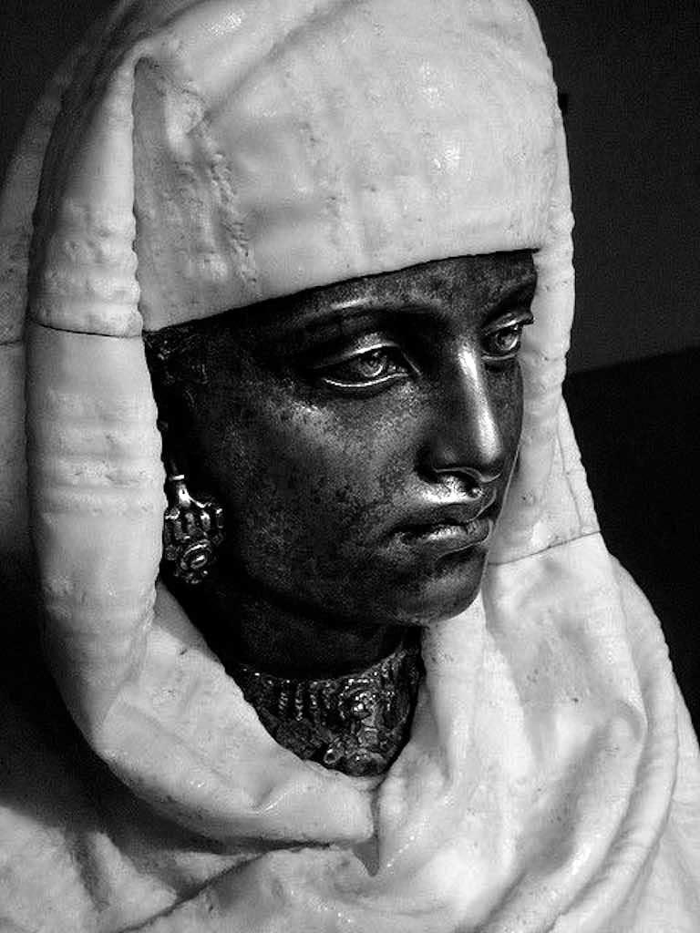 Pietro Calvi busto di donna scultura marmo bronzo