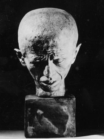Evaristo Boncinelli busto di uomo